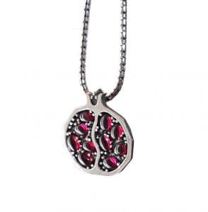 925 SIlver Pomegranate Pendant Necklace set with Red Garnets Stones